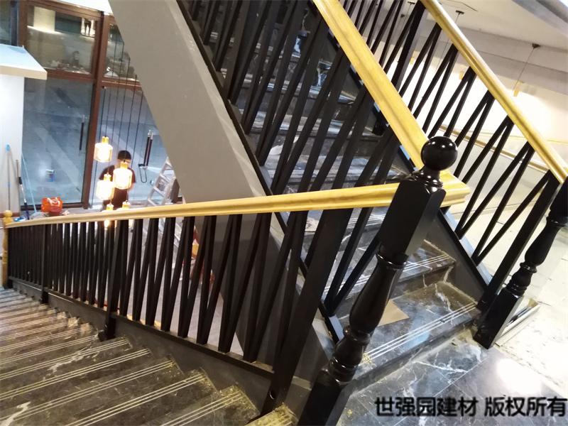 陵水铁艺栏杆实木扶手_新款楼梯护栏安装